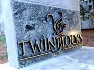 Twin Blocks Chalet
