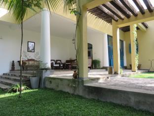 Cinnamon Hill Villa
