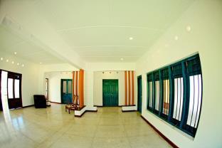 Hill4 Residence