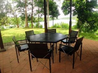 3 Bedroom Luxury Villa with Pool at Koggala Lake