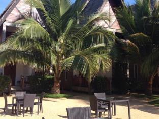 Maalu Maalu Resort & Spas