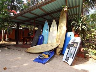 Dinu's Resort