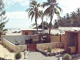 PJs Beach Hotel