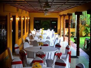 Hotel Chathumedura
