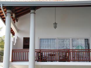 Yoho Hotel Neptune Bay