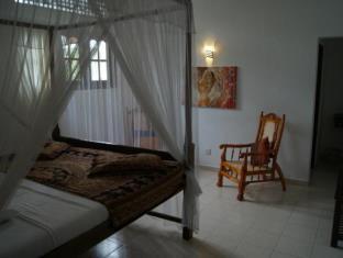 Prime Time Hotel Sri Lanka