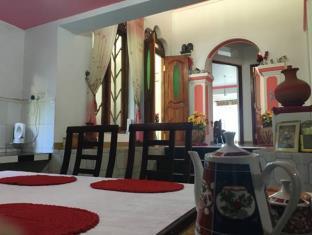Yoho Roshan Guest House