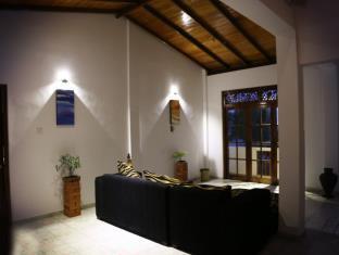 Green Villa Induruwa