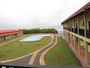 Hotel Chawick Lagoon