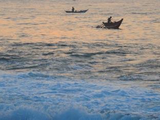 Shehani Beach Bungalow