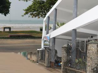 WH Beach Resort