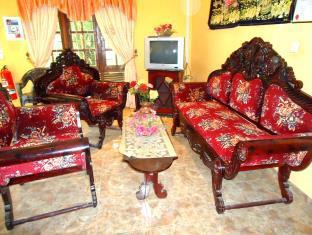 Thirasara Holiday Inn
